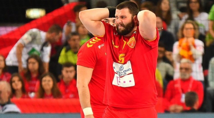 "I feel ashamed, humiliated, Vardar's Stoilov leaves bilingual ""Best Athlete of the Year"" event"