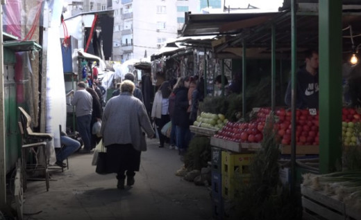 Government cracks down on retirees selling at the farmers' markets