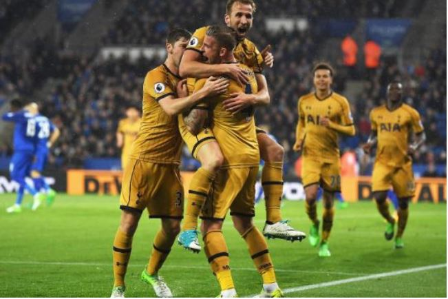 Kane spot on as Spurs down Chelsea