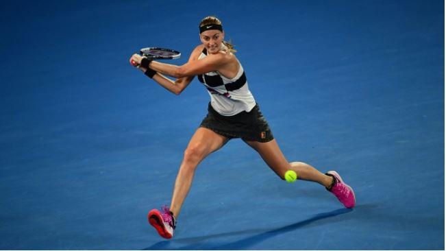 Osaka digs deep against Pliskova to set up Kvitova final