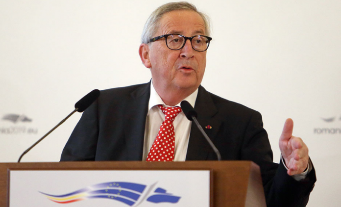 After Weber declares against he Prespa treaty, Juncker says he supports it
