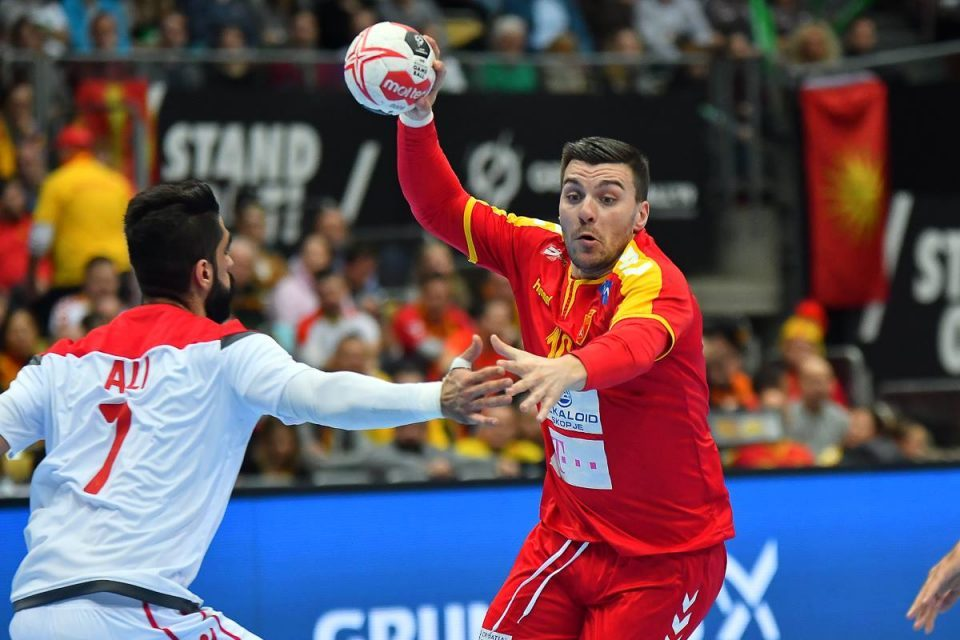 Spain beats Macedonia at handball worlds