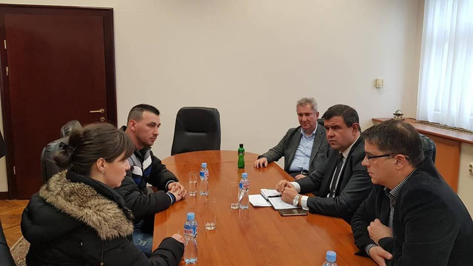 VMRO-DPMNE supports striking market sellers