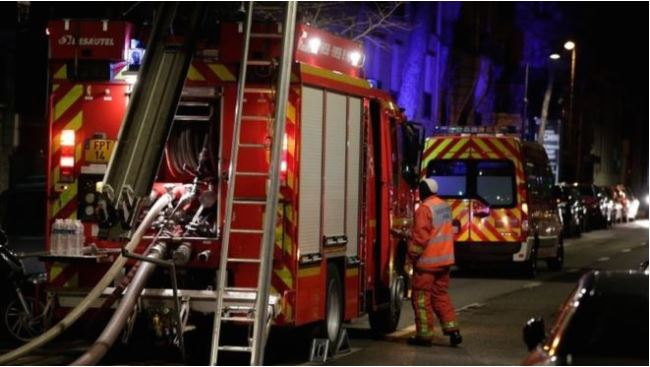 Seven killed in Paris apartment fire