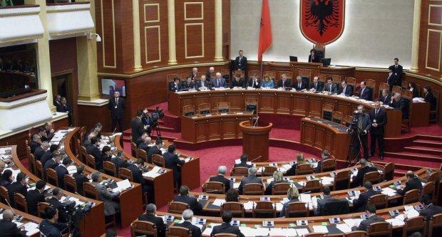 Albania to ratify Macedonia'sNATO accession protocol on Thursday