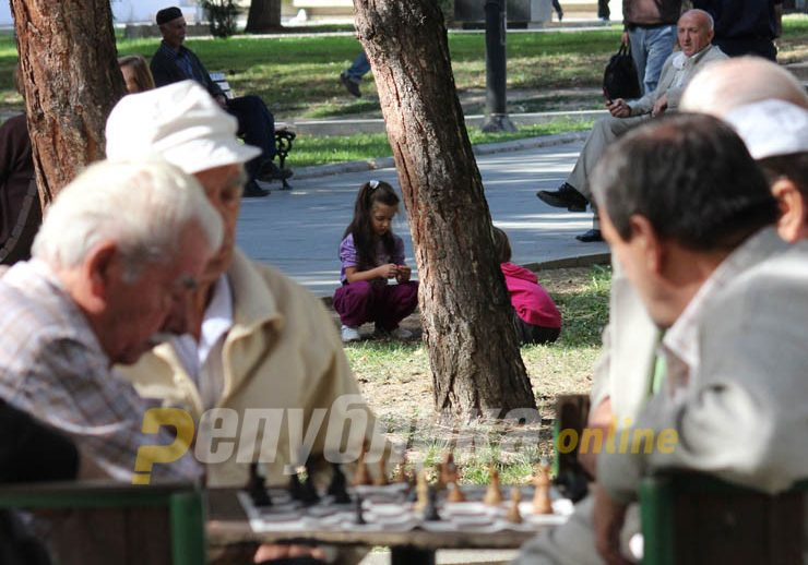 World Bank suggests that Macedonia extends the retirement age in order to save its pension system