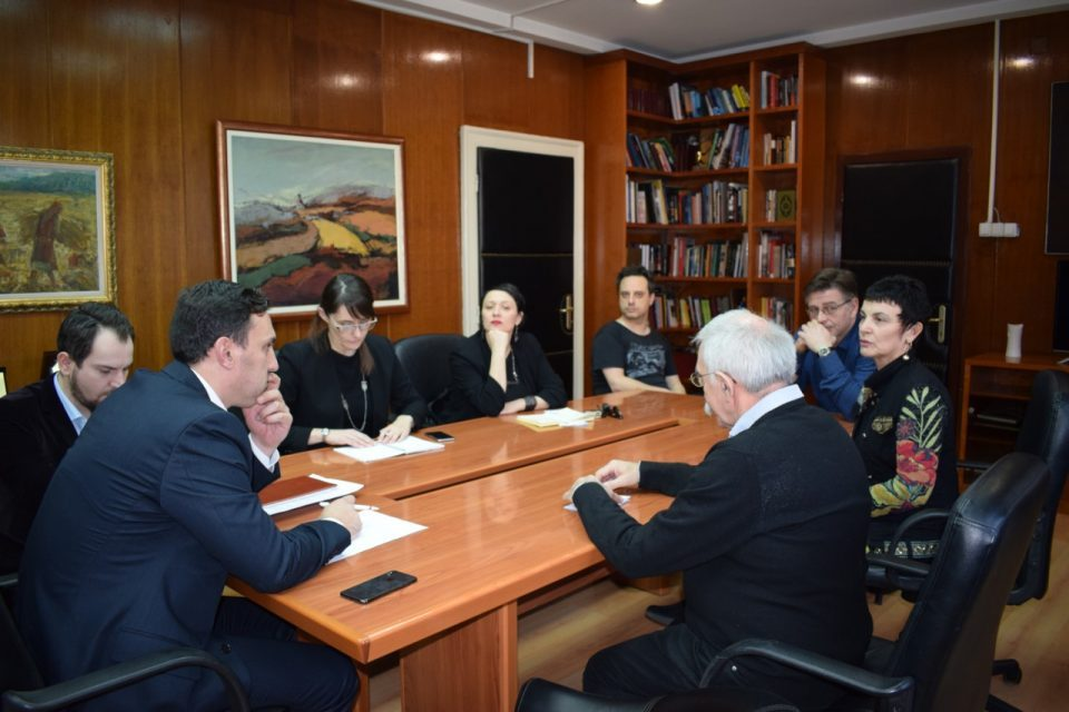 Culture Minister Ademi continues talks with angry cultural – political activists