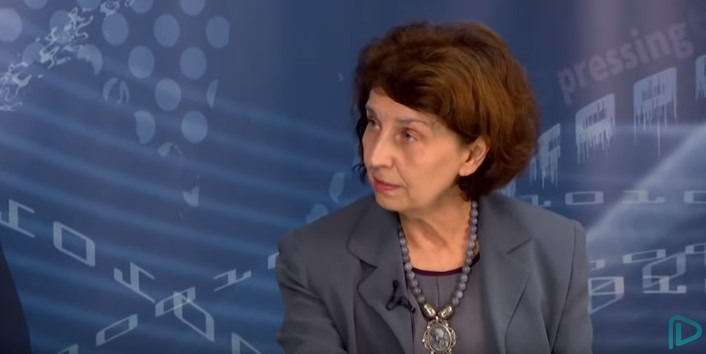 Siljanovska Davkova: Renaming of institutions is de-macedonization