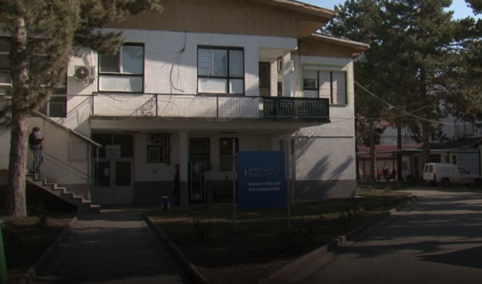 Main Struga hospital closed for visitors after seven employees contract measles