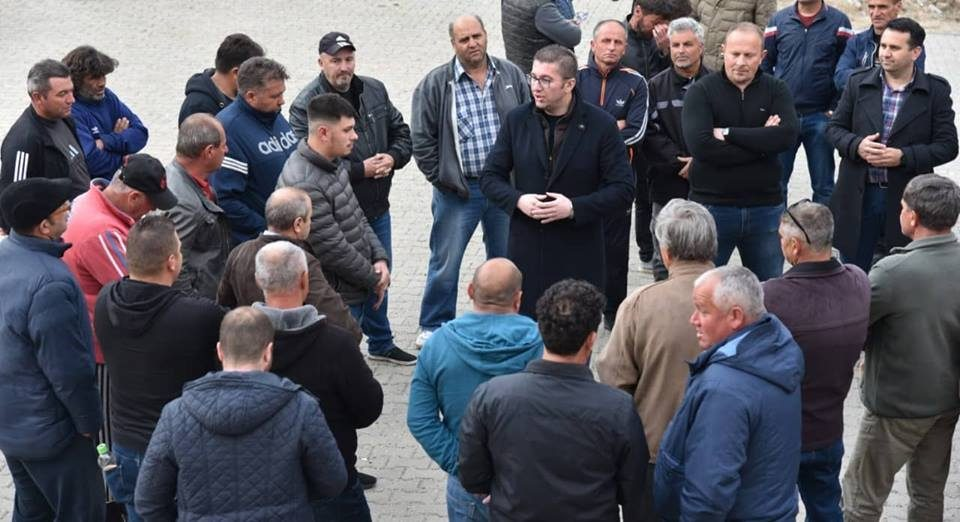 Mickoski meets with farmers from south-east Macedonia