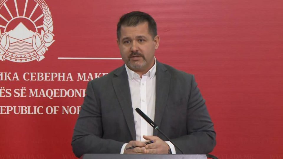 Government walking on egg-shells when asked about the Macedonian minority in Greece