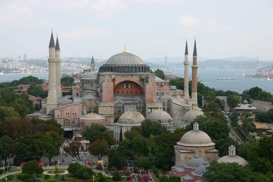 Greeks hope that UNESCO will stop Erdogan's plan to turn Hagia Sophia into a mosque