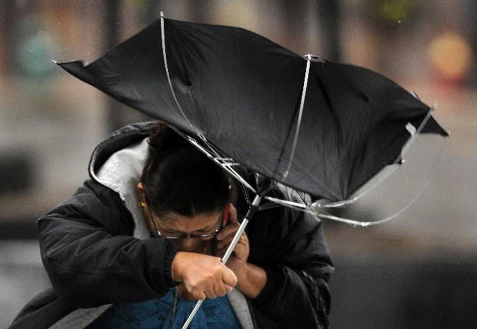 Mostly cloudy weather with local rainfalls