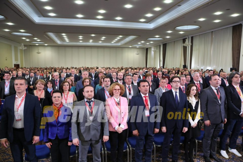 Panicked by electoral blow, Zaev threatens his lieutenants who gave public sector jobs to their relatives