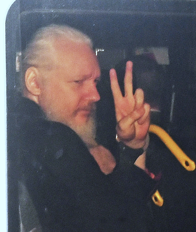 Julian Assange to fight US extradition after arrest in Britain