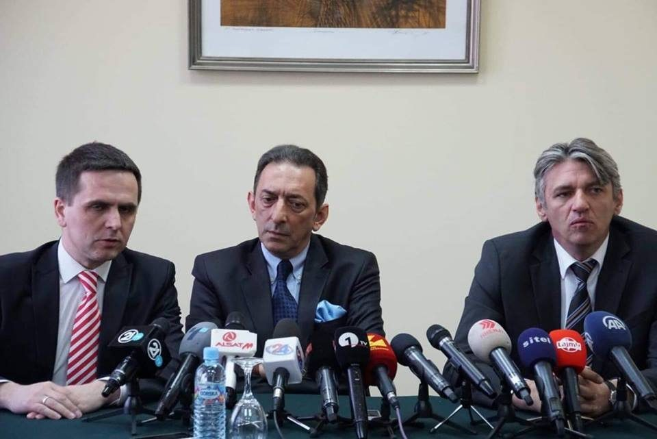 Albanians also want changes as in the Macedonian campus