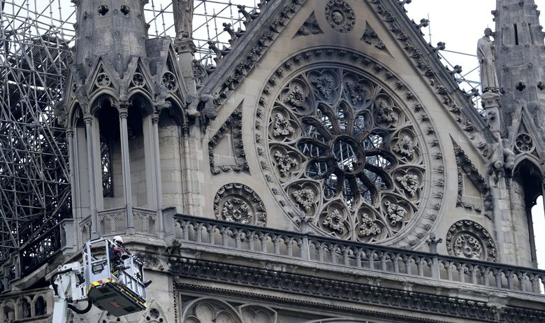 Renovation workers smoked on Notre Dame scaffolding, confirms company