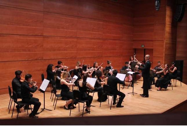 Student chamber orchestra to give free concert at Philharmonic