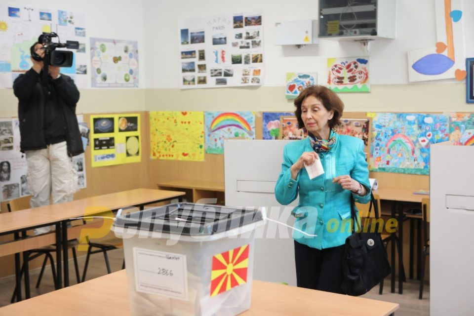The name is settled in the institutions, I am Gordana Siljanovska and I do not have political baggage
