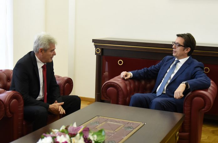 Pendarovski meets with Ahmeti