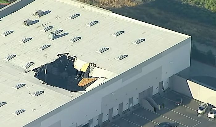 F-16 fighter crashes into California warehouse, pilot ejects
