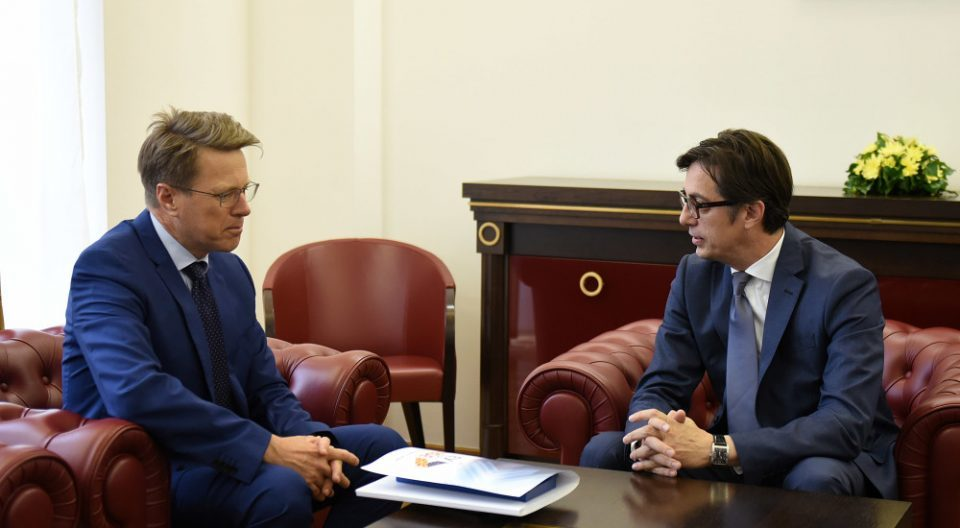 EU Ambassador meets Pendarovski and Siljanovska, Pendarovski demands opening of EU accession talks