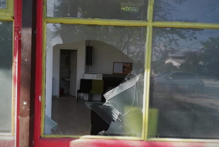 VMRO office in Dracevo smashed into