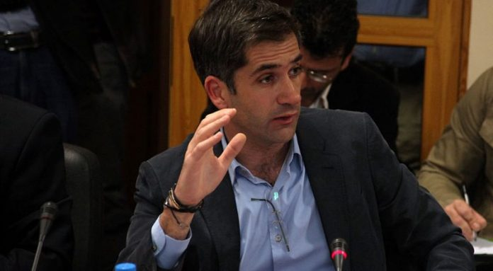 In new sign of coming right wing backlash in Greece, Kostas Mitsotakis elected Mayor of Athens