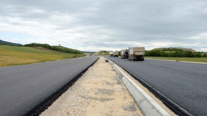 SDSM amuses the public with claim it built 480 kilometers of roads in two years