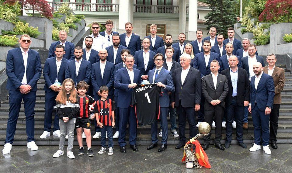 Pendarovski hosts reception for the new European handball champions