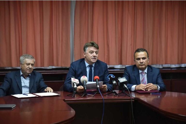 Skopje Mayor Silegov begins the procedure to build a tunnel under the Kale hill