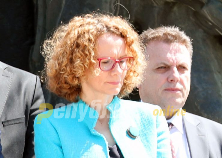 Sekerinska says the Government purge will take place either next week or the one after that