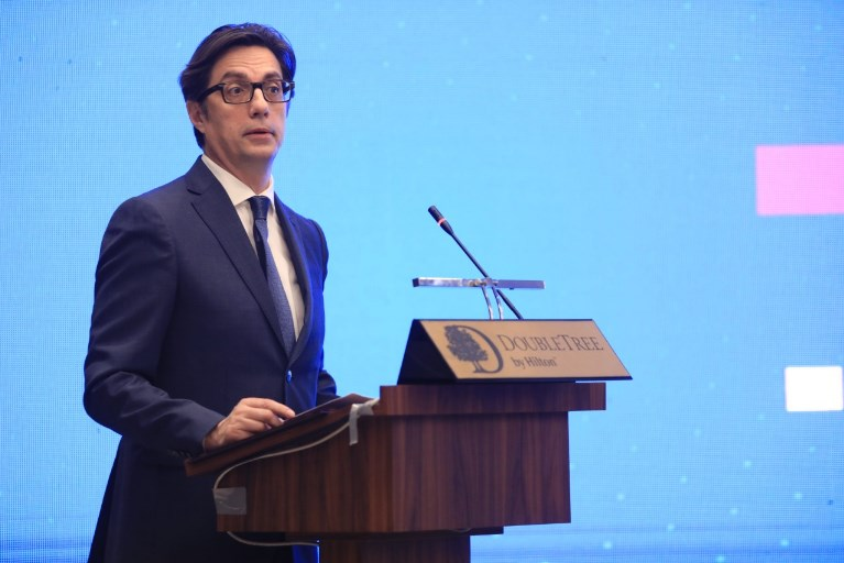 Pendarovski will join the convoy of Government officials going to Brussels to plead for accession talks