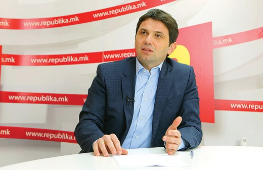 Police detained Janakieski on Friday, today they look for him at his home