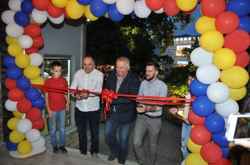Untouchables: Mayor Merko opens Nefi Useini's illegally built restaurant