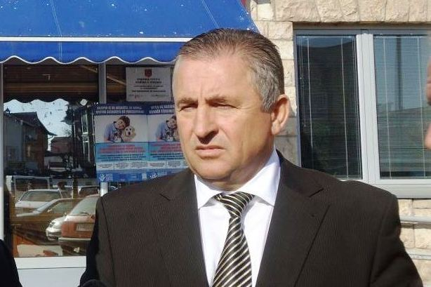Mayor Merko officially informs Zaev that issuing construction permits in Struga is his responsibility now