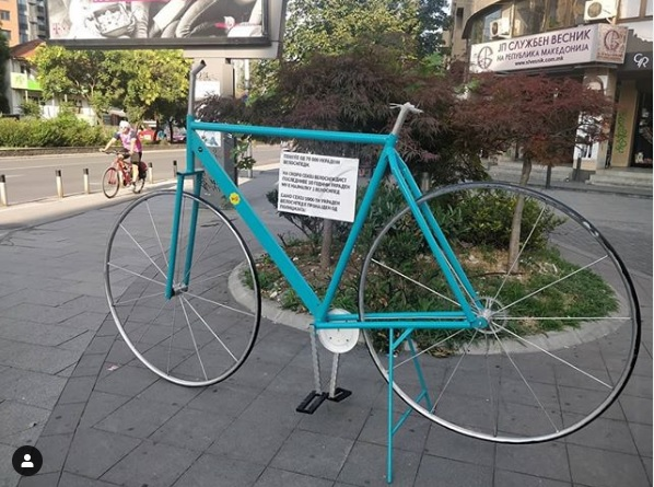 Somebody stole the seat and handle of the bike statue erected in memory of the stolen bikes of Skopje