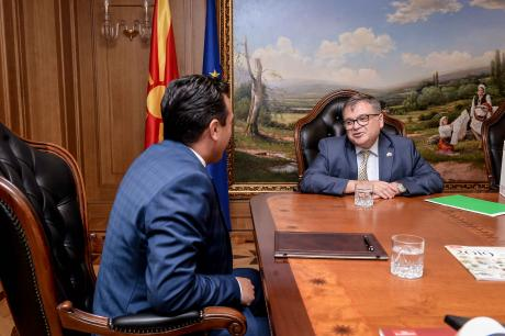Zaev meets French Ambassador Thimonier to lobby for the opening of EU accession talks