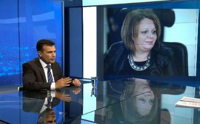 Why did Zaev decide to replace Janeva's comfortable sofa from Kamcev with hardwood benches in Sutka