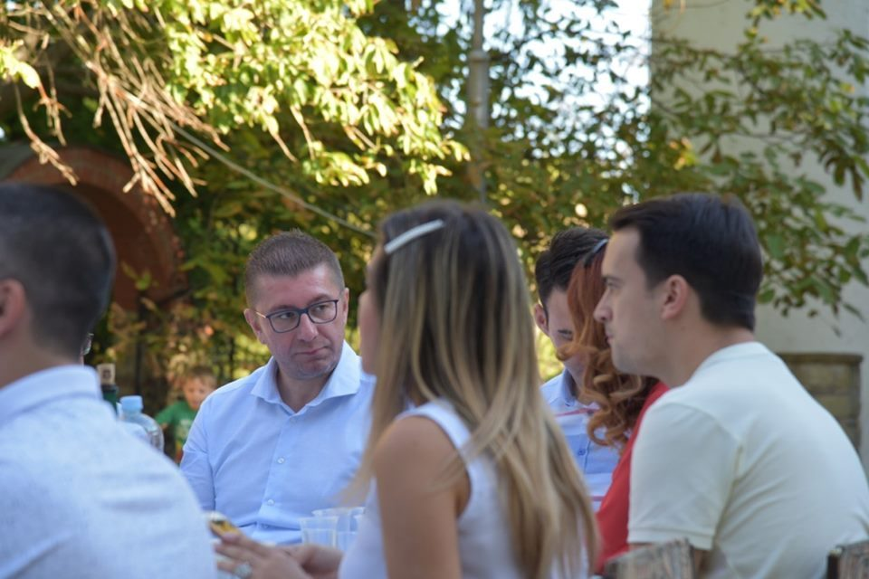 Mickoski in Negotino: Let's fight together for secure future here in Macedonia!
