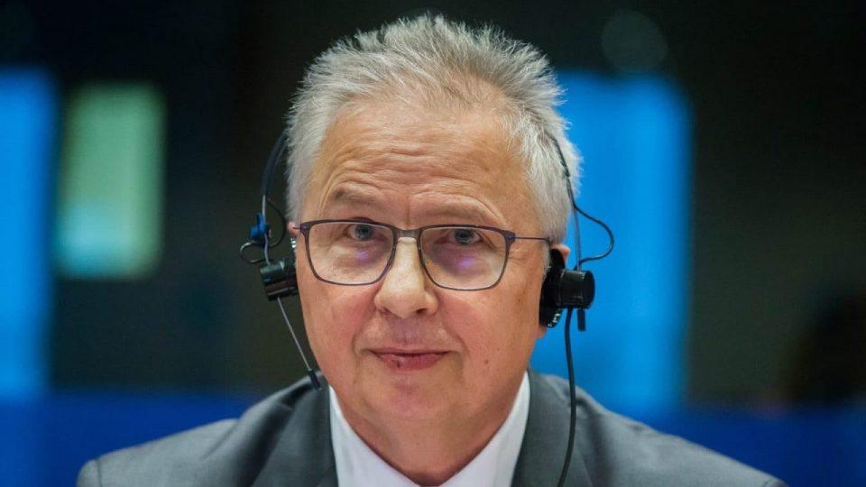 New EU Enlargement Commissioner Trocsanyi meets Greek President Prokopis Pavlopoulos