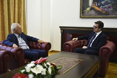 Pendarovski meets with Priebe