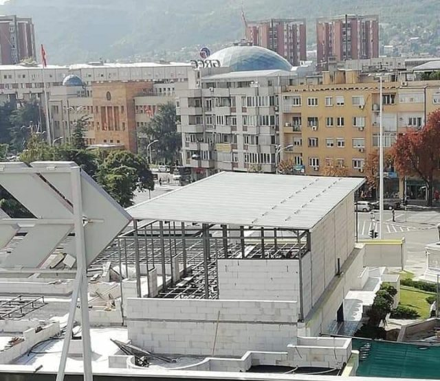 VMRO-DPMNE says Skopje Mayor Silegov is allowing a business close to his SDSM party to build a restaurant on top of the once bitterly contested GTC mall