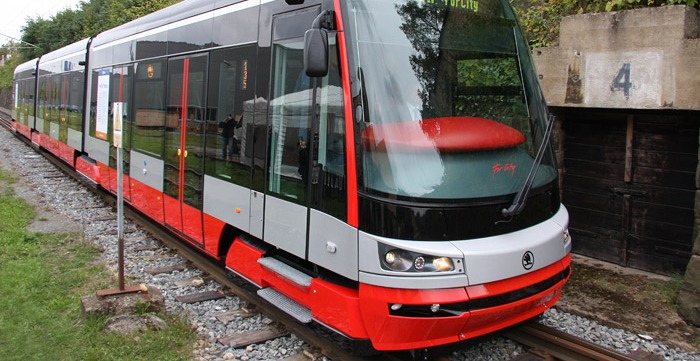 Zaev: Electric trams to curb air pollution in Skopje