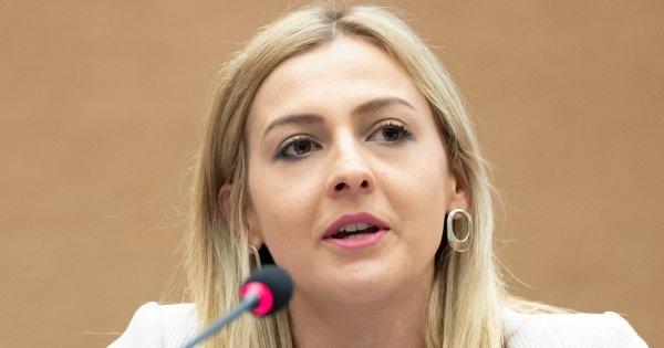 FinMin Angelovska presents 2020 draft budget, investments the main focus