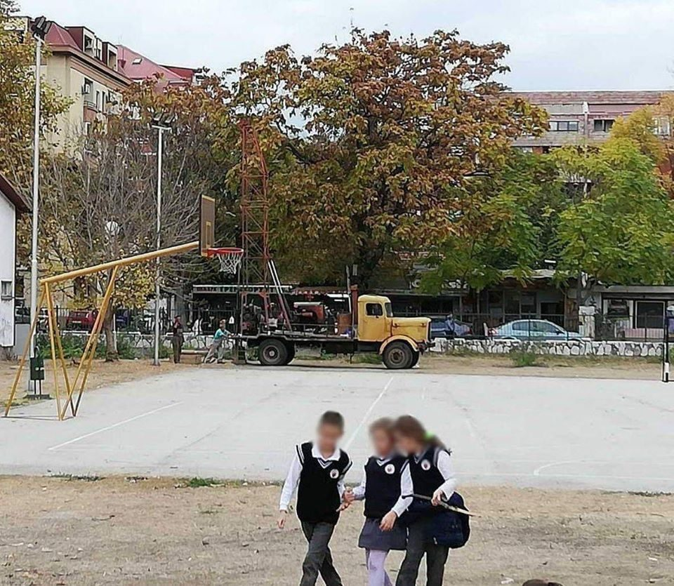 Parents from an Aerodrom school protest against the construction of a kindergarten in their school yard