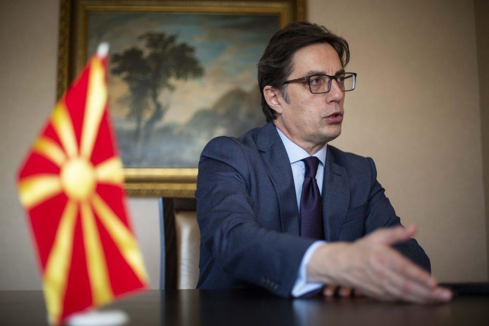 Pendarovski to meet with Macron on November 12 in Paris