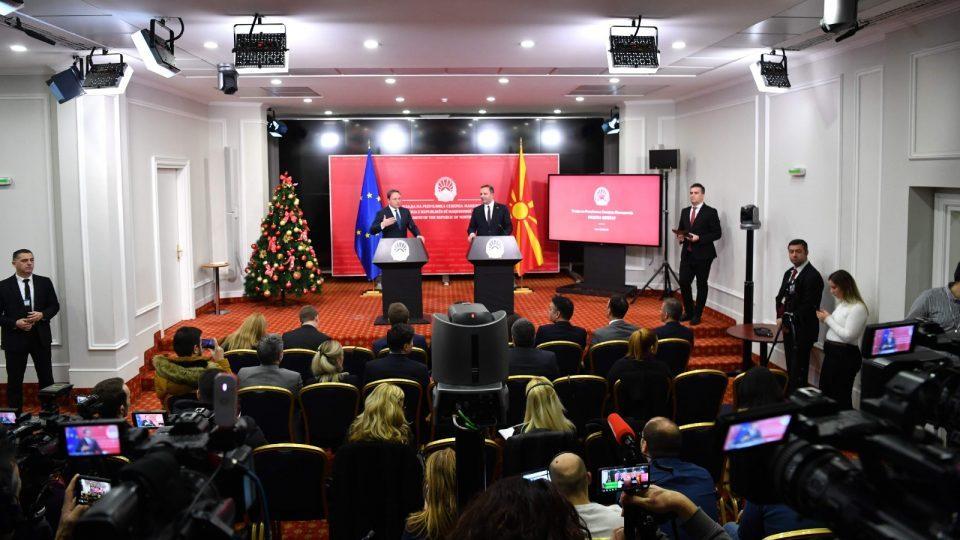 Spasovski tells Varhelyi he hopes the EU will rectify its strategic error regarding Macedonia's enlargement