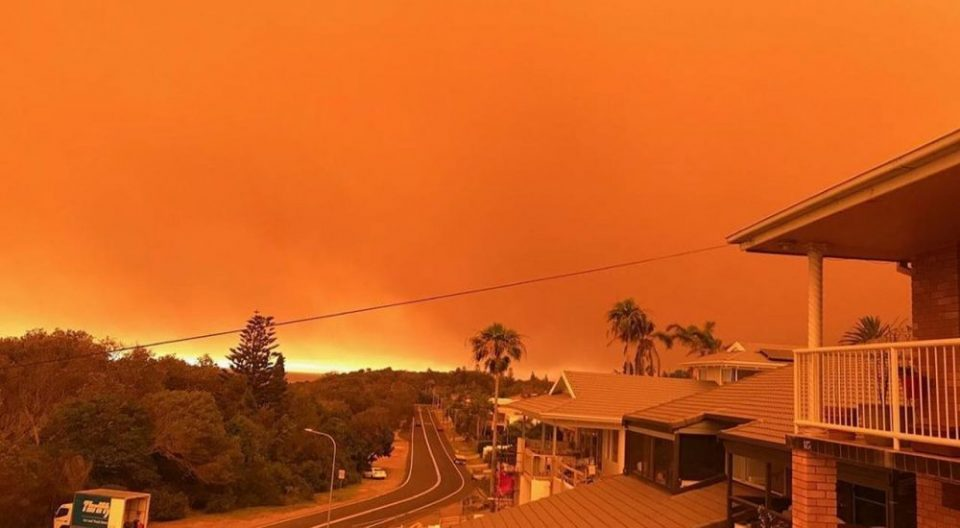 Australia expects dangerous bushfire day amid hot temperature, winds