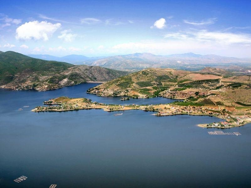 Business with selling Lake Tikves will bring millions to people close to Zaev